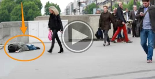 Ένα κοινωνικό πείραμα που σοκάρει - Τι γίνεται όταν ένας άστεγος και ένας πλούσιος λιποθυμούν στη μέση του δρόμου (βίντεο)